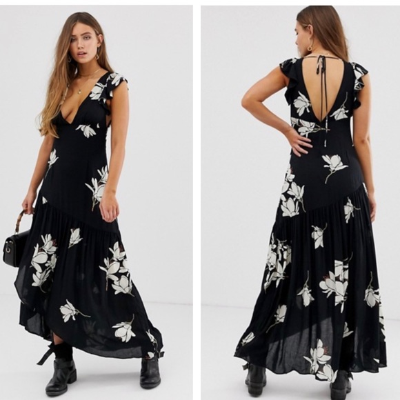 Free People Dresses & Skirts - Free People She's A Waterfall Floral Maxi Dress